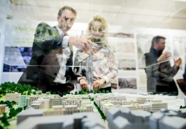 Ve středu 26. dubna proběhlo slavnostní otevření výstavy Smíchov City