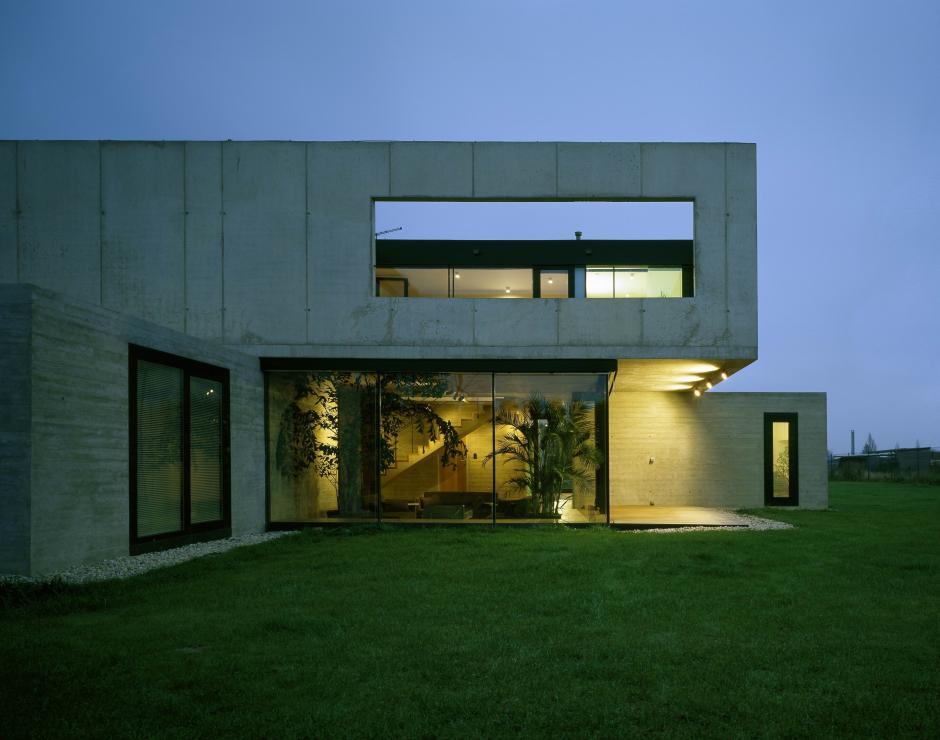 Villa Lea A69 Architekti